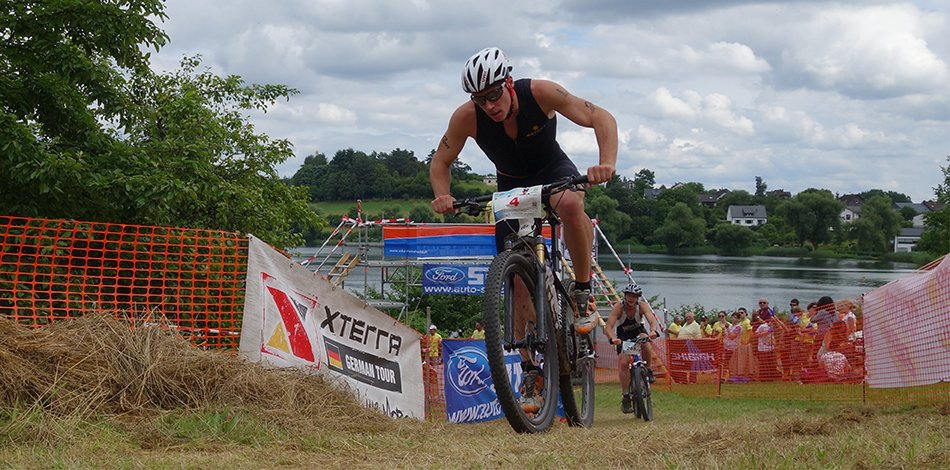 VULKAN-Cross-Triathlon